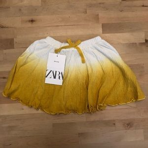 NWT. dye-dip yellow and white Zara skirt.